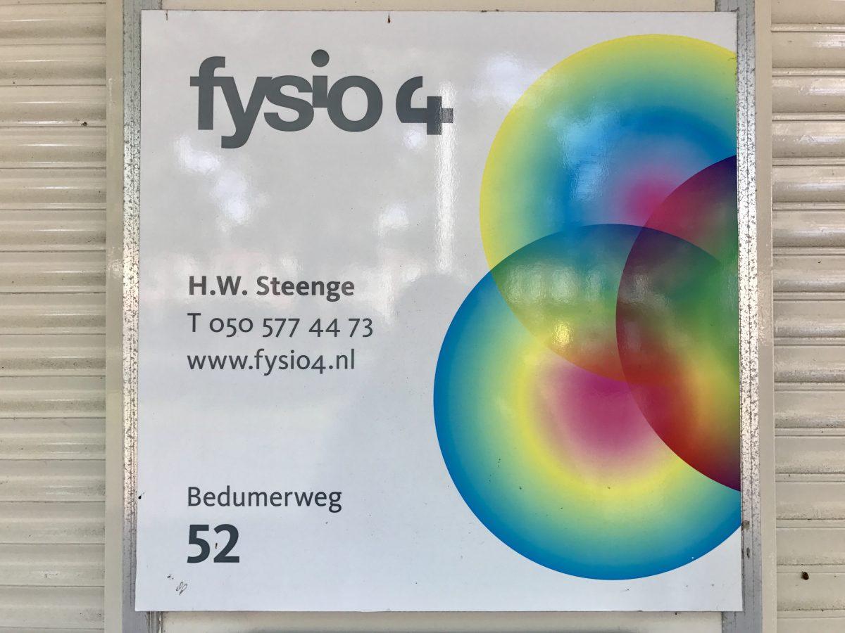 Naambordje Henk Steenge aan Bedumerweg 52 - Fysiotherapeut van Fysio 4