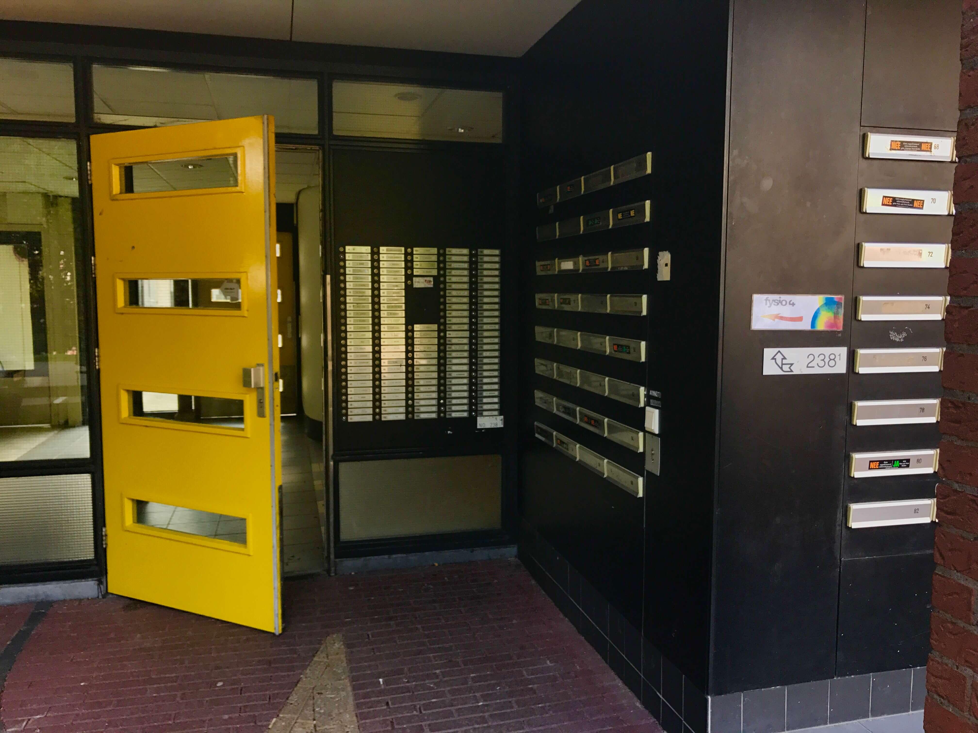 Fysio 4 Berkenlaan Selwerd Groningen - ingang gebouw 2